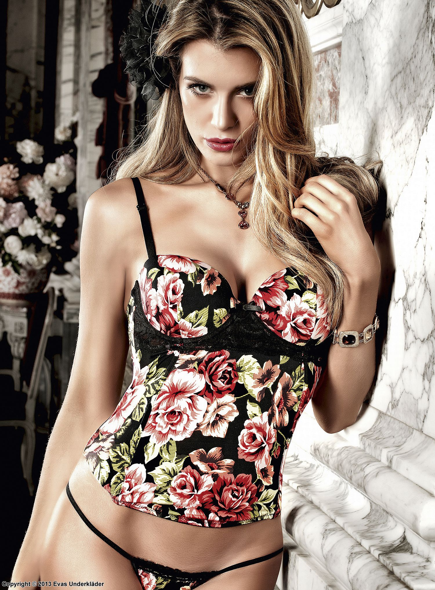 Blommig bustier